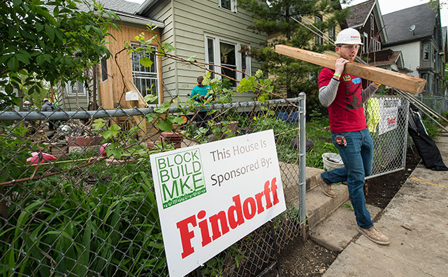Findorff and block build milwaukee community event