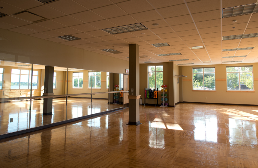 large room for yoga and recreation