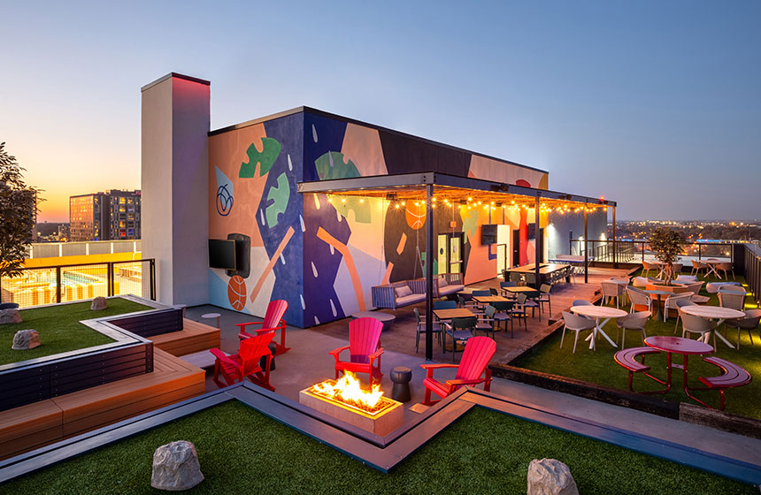 The James Champaign Rooftop