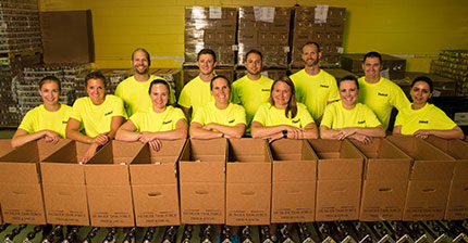 Findorff Milwaukee Volunteers For Hunger Task Force